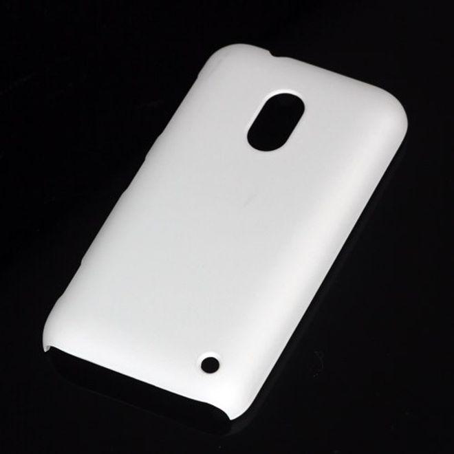 MU Classic Nokia Lumia 620 Gummiertes Hart Plastik Case - weiss